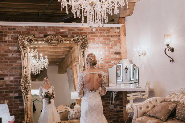 Bride prep room details