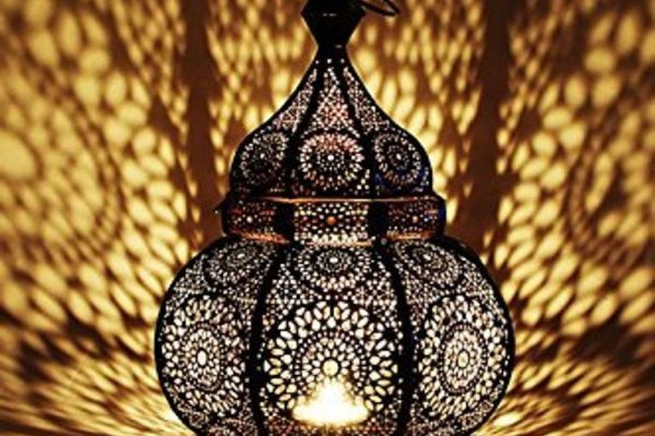 Lamps that create unique shadows